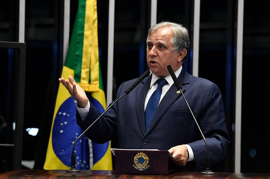 Plenário do Senado Federal durante sessão não deliberativa.   Em discurso, à tribuna, senador Izalci Lucas (PSDB-DF).  Foto: Edilson Rodrigues/Agência Senado