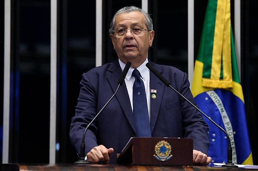 Plenário do Senado Federal durante sessão não deliberativa.   Em discurso, à tribuna, senador Jayme Campos (DEM-MT).  Foto: Roque de Sá/Agência Senado