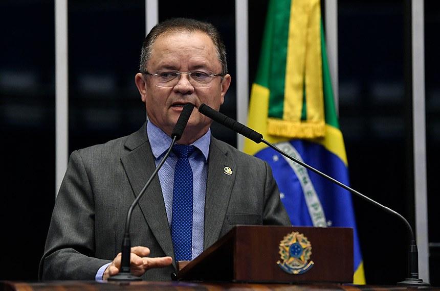 Plenário do Senado Federal durante sessão não deliberativa.   À tribuna, em discurso, senador Zequinha Marinho (PSC-PA).  Foto: Roque de Sá/Agência Senado
