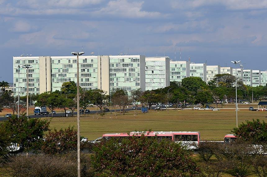 Esplanada dos Ministérios vista pela plataforma superior da Rodoviária de Brasília.  Foto: Jefferson Rudy/Agência Senado