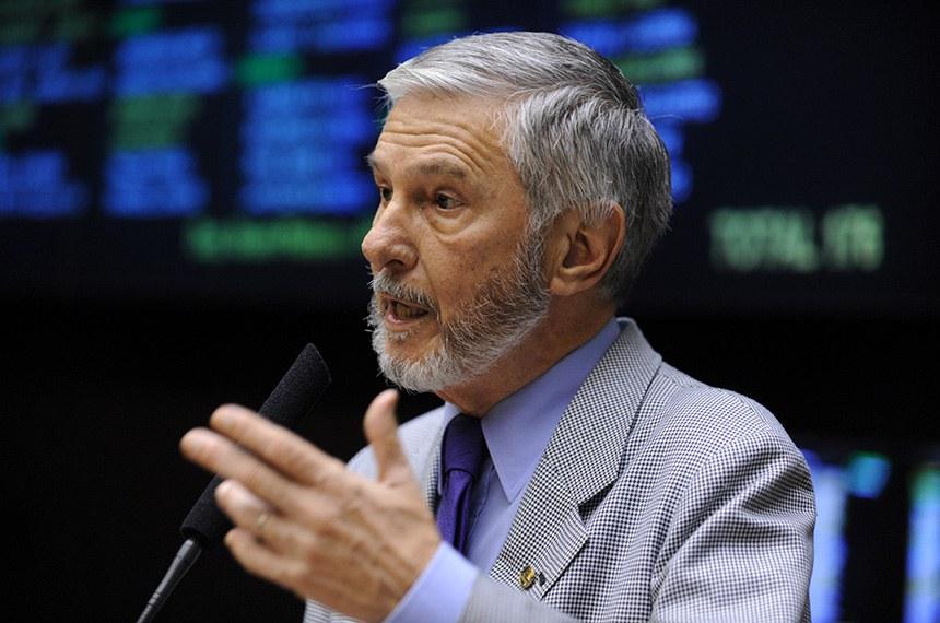 08.12.2010 Grande Expediente - Dep. Ibsen Pinheiro(PMDB-RS) profere discurso de despedida