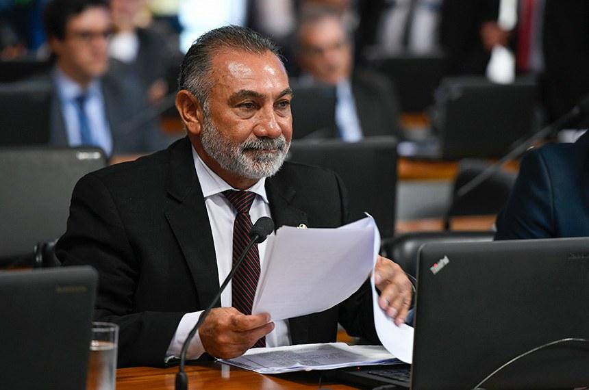 Relator, Telmário Mota optou pela rejeição das duas emendas de Plenário ao projeto