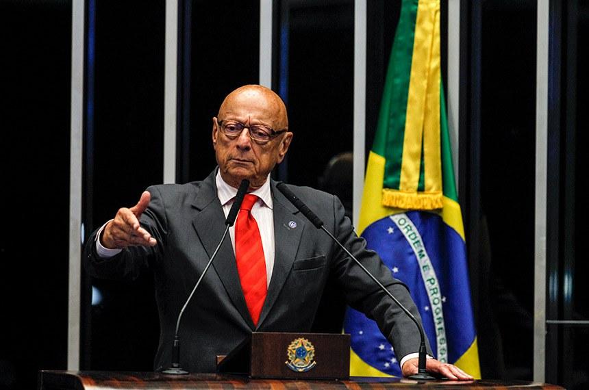 Plenário do Senado Federal durante sessão deliberativa ordinária.   Em discurso, à tribuna, senador Esperidião Amin (PP-SC).  Foto: Beto Barata/Agência Senado