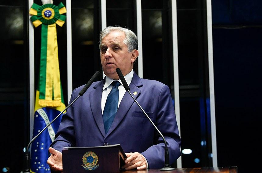 Plenário do Senado Federal durante sessão não deliberativa.   À tribuna, em discurso, senador Izalci Lucas (PSDB-DF).  Foto: Jefferson Rudy/Agência Senado