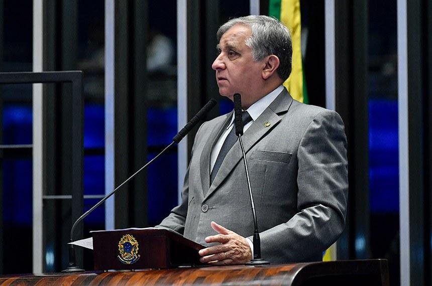 Plenário do Senado Federal durante sessão não deliberativa.   Em discurso, à tribuna, senador Izalci Lucas (PSDB-DF).  Foto: Jane de Araújo/Agência Senado