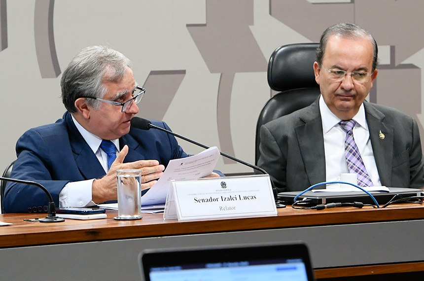 Izalci Lucas (PSDB-DF), relator, e Jorgilho Mello (PL-SC), presidente da CPI do Acidente da Chapecoense
