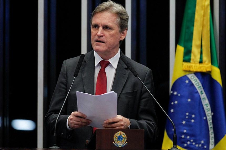 Plenário do Senado Federal durante sessão deliberativa ordinária.   Em discurso, à tribuna, senador Dário Berger (MDB-SC).  Foto: Beto Barata/Agência Senado