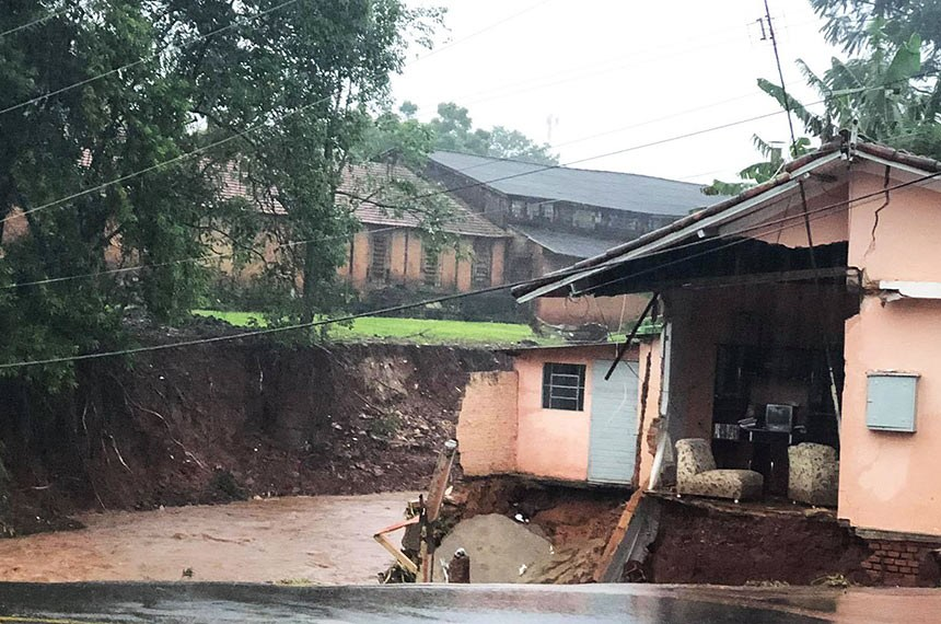 Botucatu SP 10 02 2020 Chuvas deixa uma pessoa morta e duas desaparecida na cidade de Botucatu interior de São Paulo- foto PMB