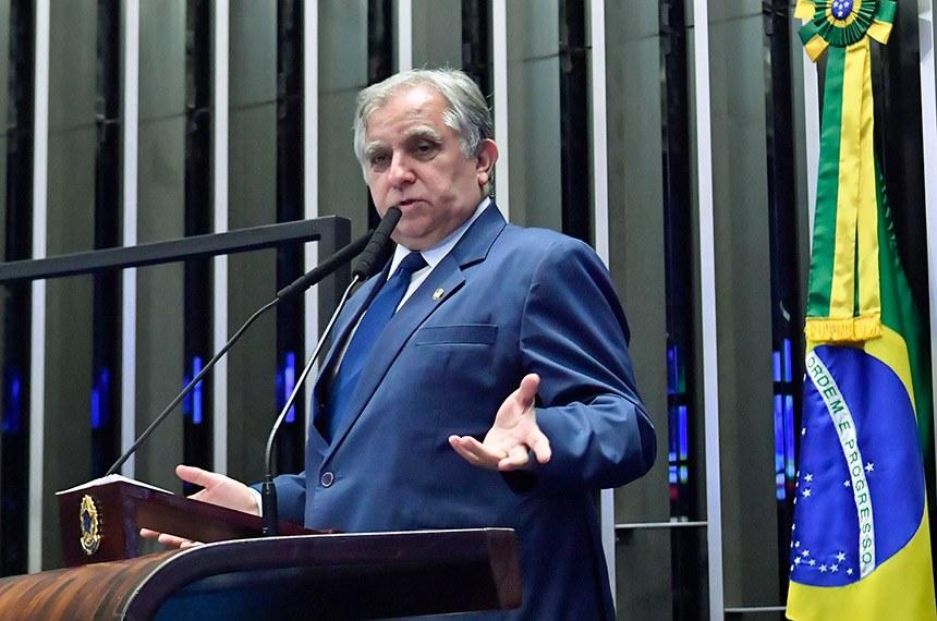 Plenário do Senado Federal durante sessão não deliberativa.   Em discurso, à tribuna, senador Izalci Lucas (PSDB-DF).  Foto: Waldemir Barreto/Agência Senado