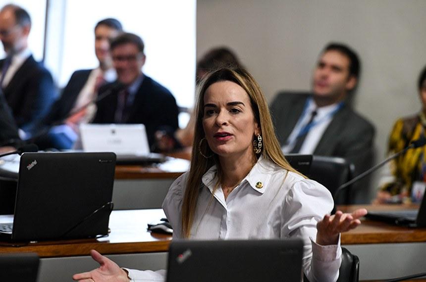 Comissão de Assuntos Econômicos (CAE) realiza sabatina de indicados para o Conselho Administrativo de Defesa Econômica (Cade).   À bancada, em pronunciamento, senadora Daniella Ribeiro (PP-PB).  Foto: Edilson Rodrigues/Agência Senado