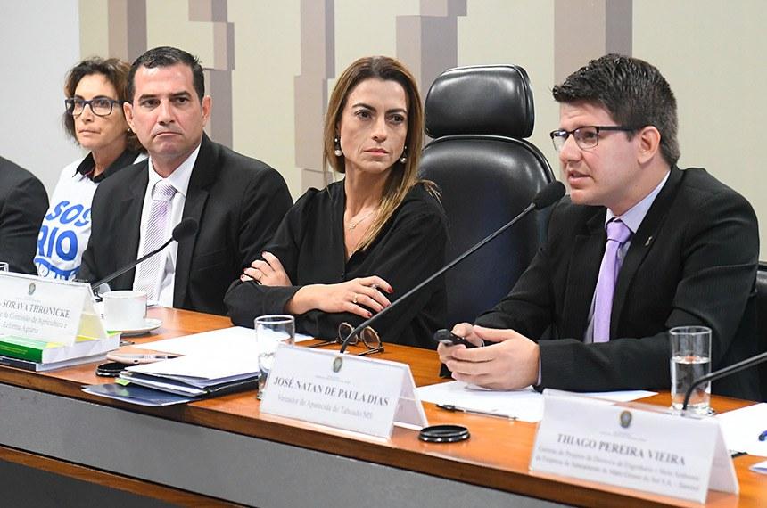 Presidente da comissão, Soraya Thronicke (2ª à dir.) comandou o debate