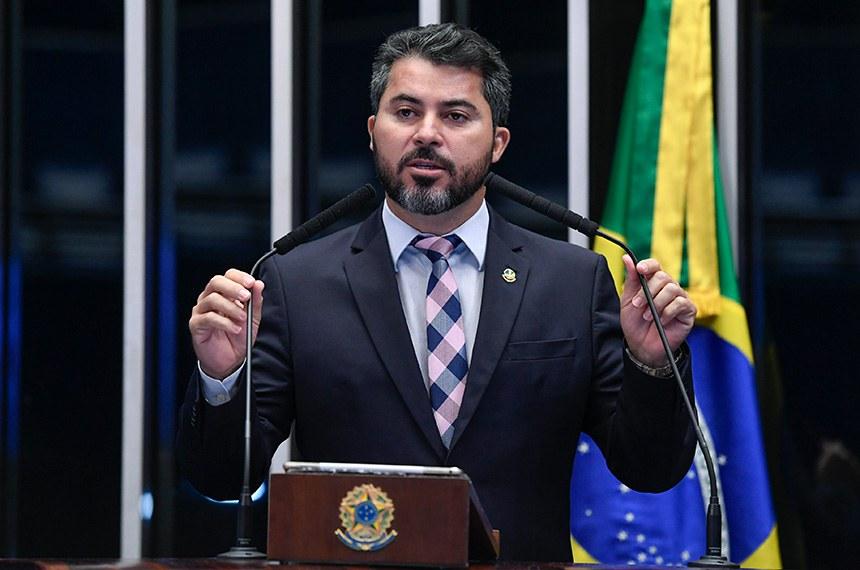 Plenário do Senado Federal durante sessão não deliberativa.   Em discurso, à tribuna, senador Marcos Rogério (DEM-RO).  Foto: Roque de Sá/Agência Senado