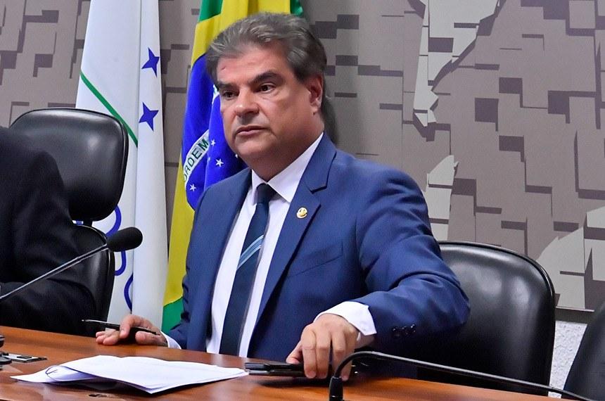 Representação Brasileira no Parlamento do Mercosul (CPCMS) realiza reunião deliberativa para apreciação de matérias.  Mesa: deputado Heitor Schuch (PSB-RS); presidente da CPCMS, senador Nelsinho Trad (PSD-MS).  Foto: Waldemir Barreto/Agência Senado