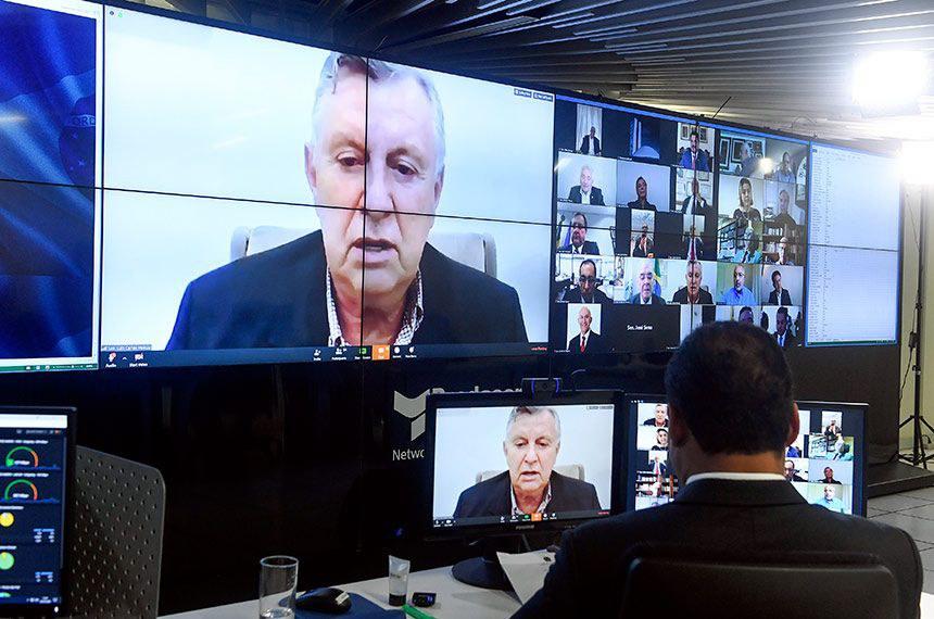 Em discurso na sessão remota, Heinze também fez apelo para que o governo socorra agricultores gaúchos prejudicados pela seca