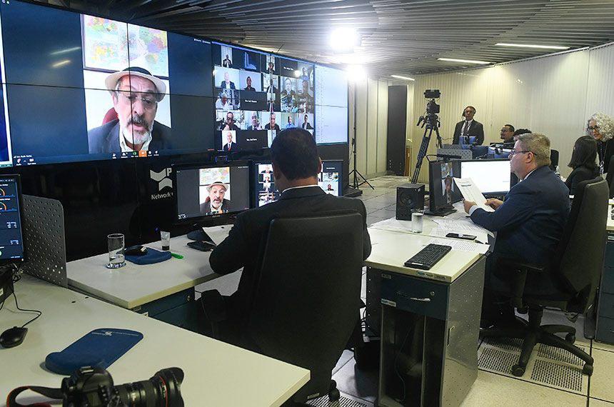 Paulo Rocha durante votação remota que aprovou o decreto de calamidade pública
