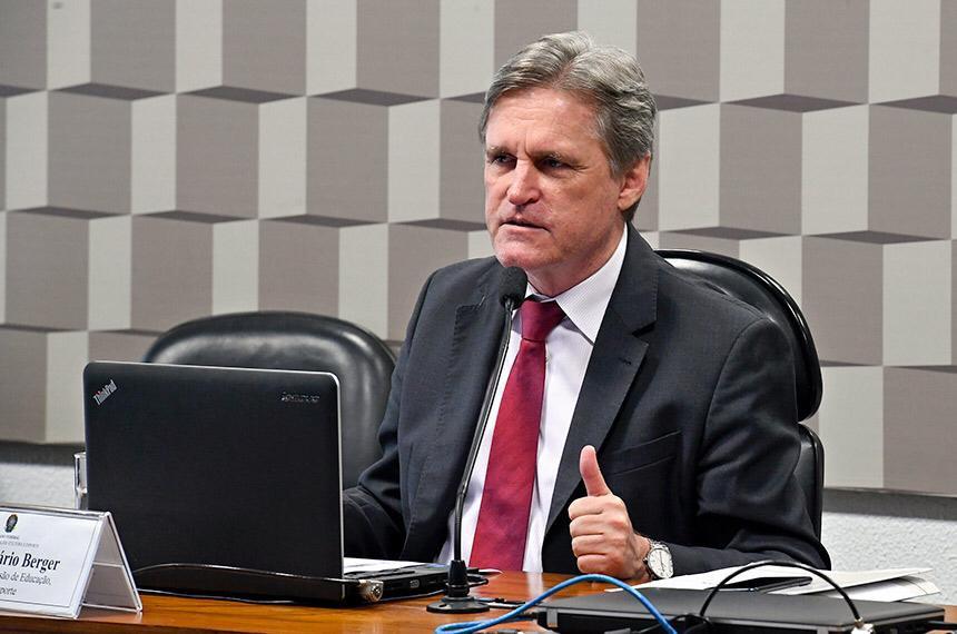 Para o presidente das comissão, Dário Berger, para muitos estudantes a alimentação escolar é a principal fonte nutricional
