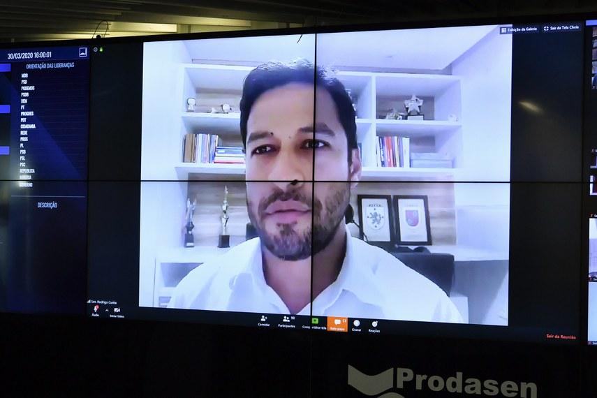 Rodrigo Cunha lembrou trajetória de Guilherme Palmeira: governador de Alagoas, senador e ministro do TCU, entre outros cargos