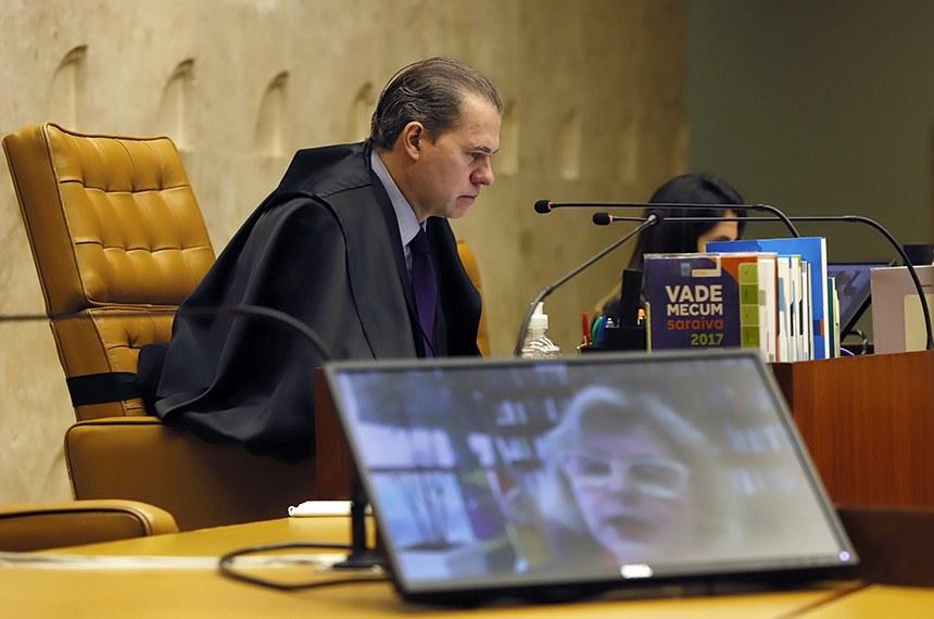 Presidente do STF e relatora ministro Rosa weber em sessão plenária por videoconferência do STF. Foto: Rosinei Coutinho/SCO/STF (14/05/2020)