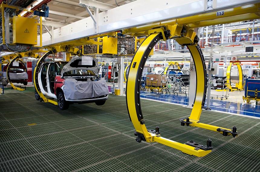 Linha de produção do carro– Fotografia Editorial de Stock