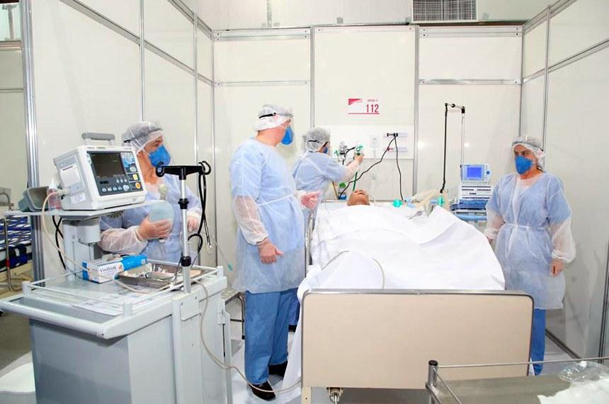 São Paulo\SP. Data: 29\04\2020 Governador do Estado de São Paulo, João Doria e o prefeito Bruno Covas durante Visita ao Hospital de Campanha - Ginásio do Ibirapuera com o prefeito Bruno Covas Foto: Govesp