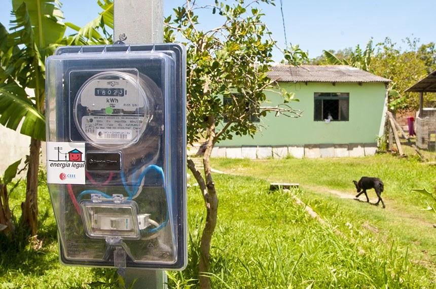 MEDIDOR EM CASA DE HABITAÇÃO POPULAR . TARIFA SOCIAL DE ENERGIA ELETRICA