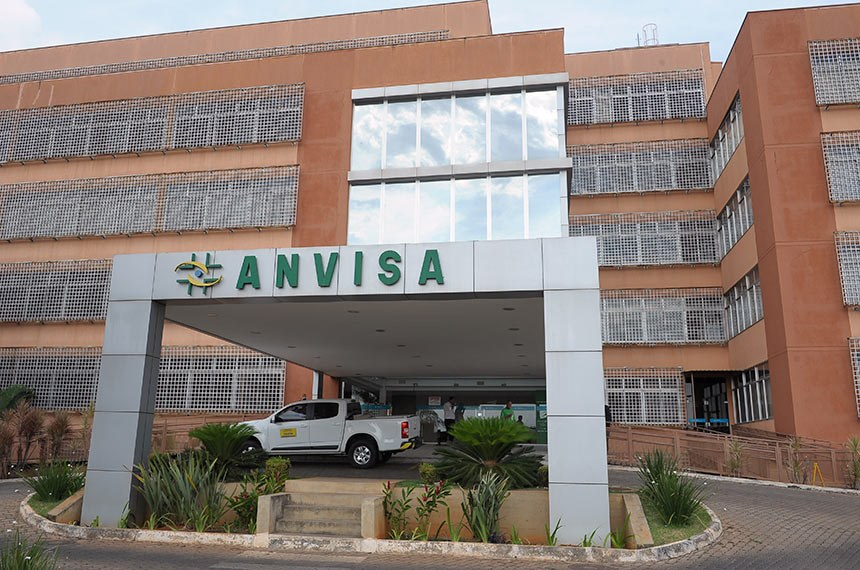 Sancionada lei que agiliza importação de medicamentos contra covid ...