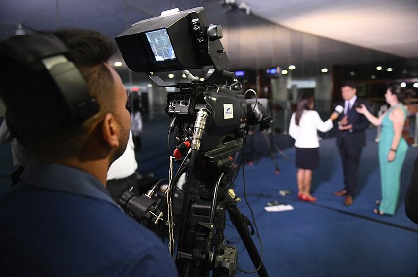 Senador Carlos Viana (PSD-MG) concede entrevista sobre a criação da Comissão Parlamentar de Inquérito (CPI) de Brumadinho.  Foto: Marcos Oliveira/Agência Senado
