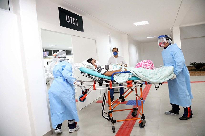 Manaus – Hospital de Campanha Municipal recebe primeiros pacientes vítimas da Covid-19