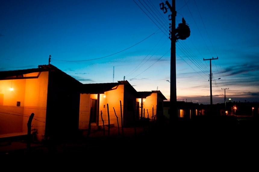 18.10.2010  Luz para Todos (PI) Instalações elétricas feitas por meio do programa Luz para Todos no Piauí.     Divulgação (2010)