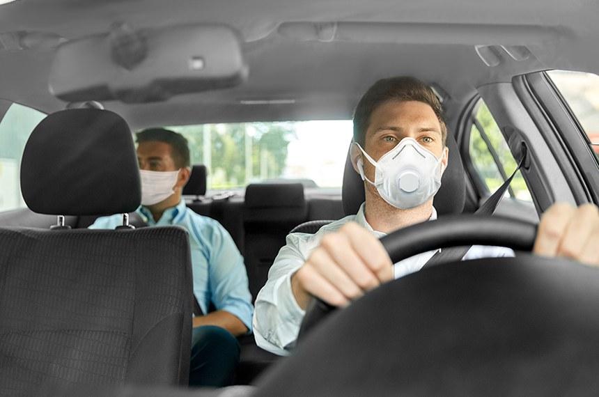 Motoristas de aplicativo foram afetados diretamente pela crise causada pela pandemia, afirma o senador Jader Barbalho (MDB-PA), autor da proposta