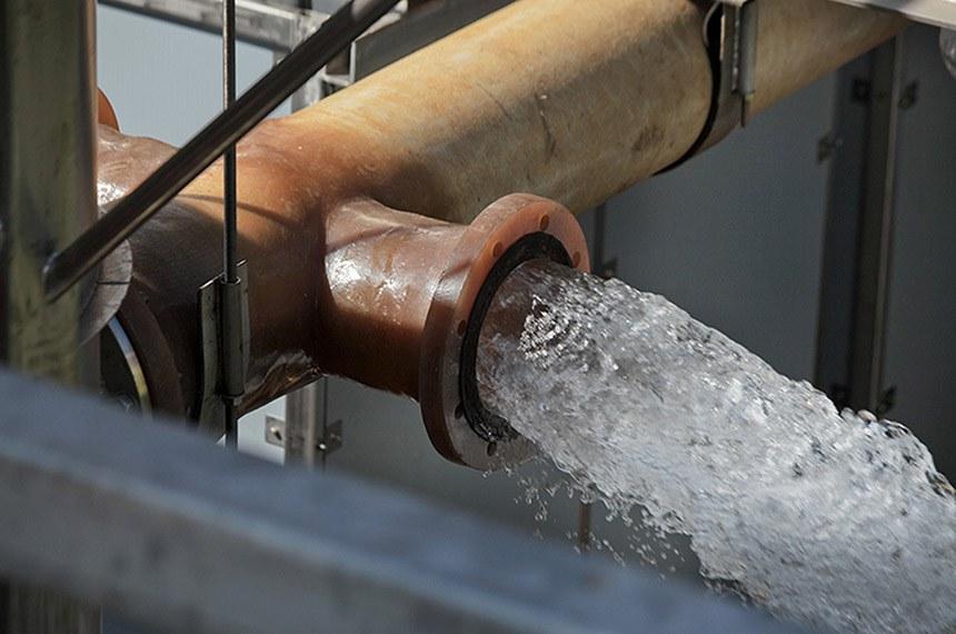 O Aquapolo é o maior empreendimento para a produção de água de reúso industrial na América do Sul, e quinto maior do planeta. Resultado de parceria entre a BRK Ambiental e a Sabesp (Companhia de Saneamento Básico do Estado de São Paulo), fornece por contrato 650 litros/segundo de água de reúso para o Polo Petroquímico da região do ABC Paulista. Isso equivale ao abastecimento de uma cidade de 500 mil habitantes, como Santos, por exemplo.   Foto: Rogério Reis/Aquapollo
