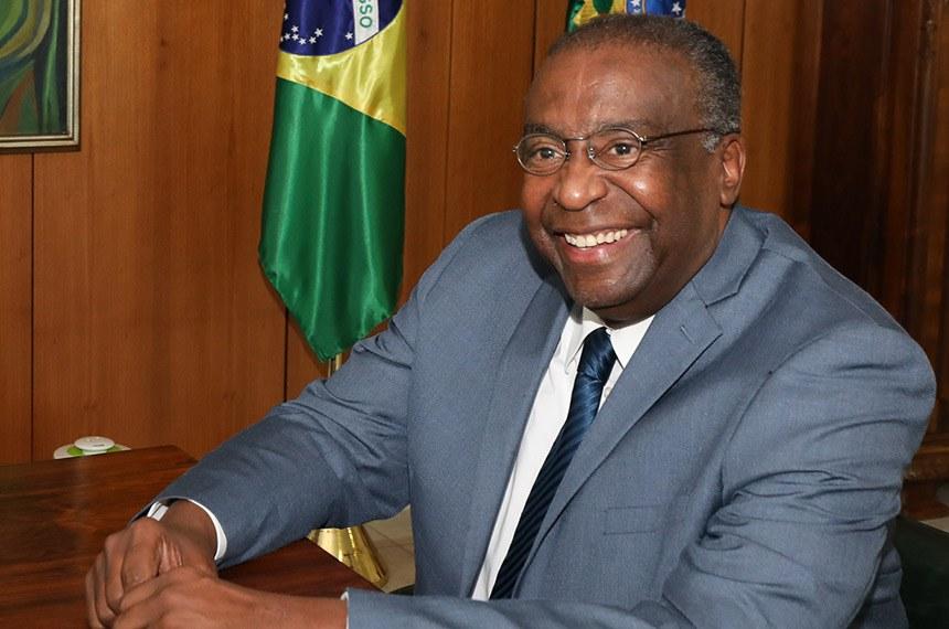 (Brasília - DF, 25/06/2020) Assinatura do Termo de Posse do senhor Carlos AlbertoDecotelli, Ministro da Educação. Foto: Marcos Corrêa/PR
