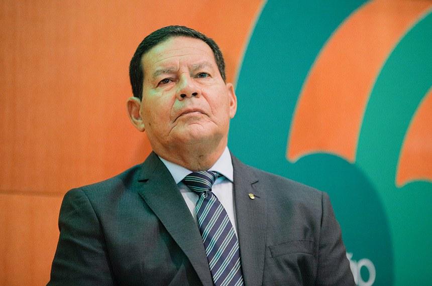 """(Brasilia-DF, 04/03/2020) Vice-Presidente da República, Hamilton Mourão, durante Abertura do seminário """"Agro em Questão"""" na CNA. Foto: Romério Cunha/VPR"""