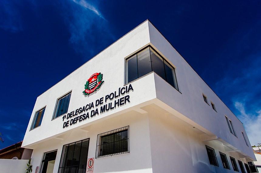 O Governador do Estado de São Paulo Dr. Geraldo Alckmin, esteve presente na Inauguração do Serviço de Hidroterapia do Programa de Reabilitação em Câncer da Rede Lucy Montoro em comemoração ao Dia Internacional de Luta contra o Câncer Infantil + Descerramento de Placa do Departamento Regional de Saúde + Lançamento de Editais do BID de 3 UBS-2 para Campinas; 1 UBS-2 para Cosmópolis; 1 UBS para Sumaré; 2 UBS-2 para Paulínea;1 UBS-2 para Santa Bárbara D'Oeste; 1 UBS- 2 para Hortolândia ; 1 UBS-2 para Indaiatuba + Descerramento de Placa da 1ª e 2ª D.D.M. Local: Campinas/SP. Data: 14/02/2017. Foto: Alexandre Carvalho/A2img