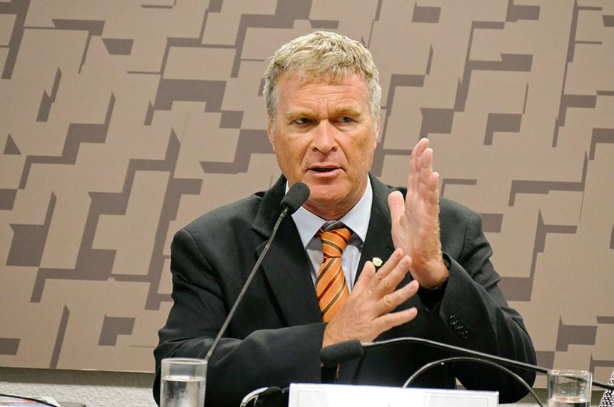 Comissão Mista Permanente sobre Mudanças Climáticas (CMMC) realiza audiência pública interativa para debater a implementação do Acordo de Paris no Brasil e no mundo diante das últimas medidas adotadas pelos governos nacionais, como a