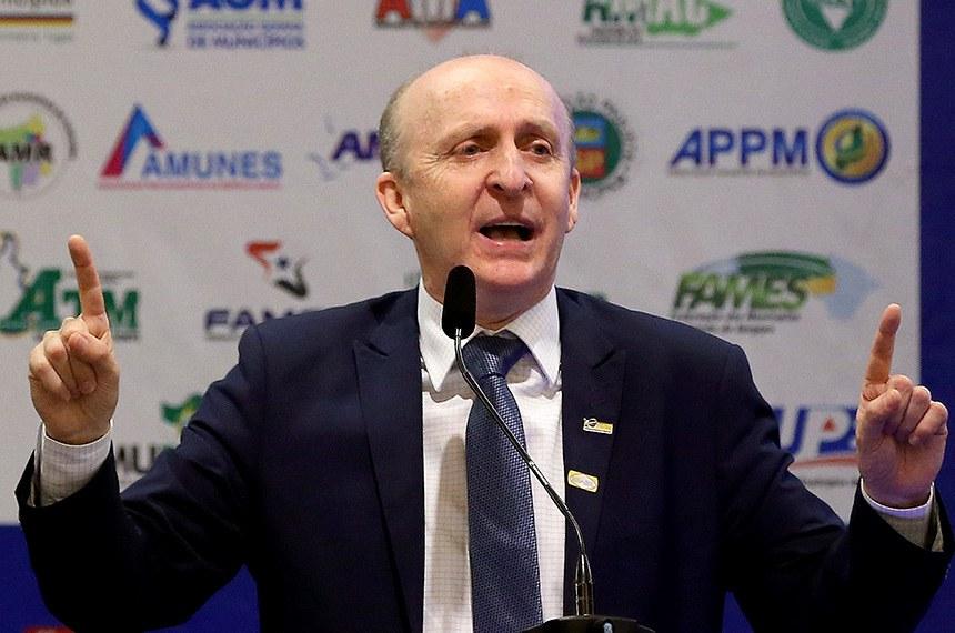 O presidente da CNM, Glademir Aroldi participa do Encontro dos Municípios Brasileiros.  Foto: Wilson Dias/Agência Brasil