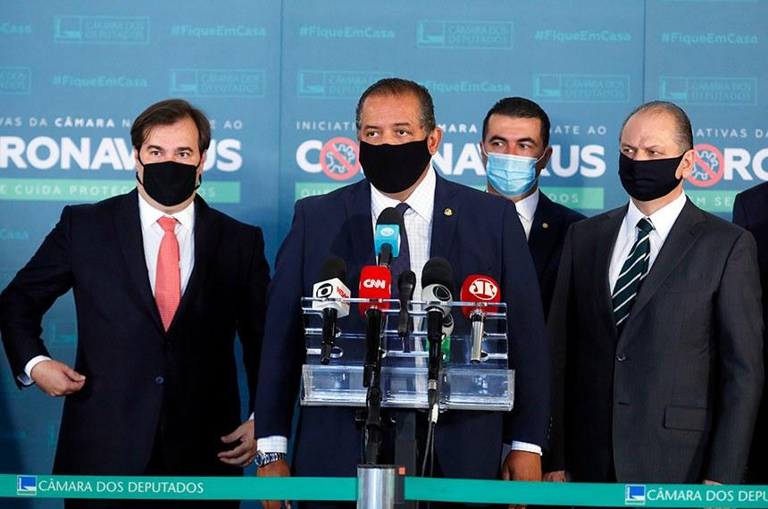 Entrevista coletiva sobre a atividade legislativa durante a crise causada pelo coronavírus. Sen. Eduardo Gomes  Gustavo Sales/Câmara dos Deputados