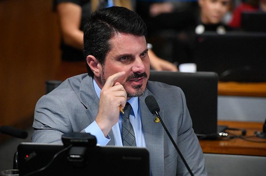 Autor da PEC, o senador Marcos do Val acredita que a corrupção é um dos maiores problemas do Brasil