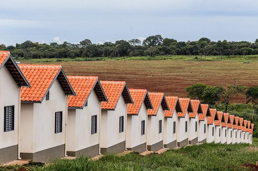 Entrega de 1400 Unidades Habitacionais (Parque Residencial Ypê Amarelo) do Programa Minha Casa Minha Vida em parceria com o Casa Paulista. Local: Mogi Guaçu/SP.  Foto: Alexandre Carvalho/A2img
