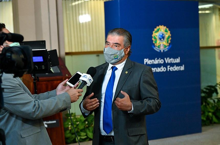 Senador Nelsinho Trad (PSD-MS) concede entrevista.  Foto: Leopoldo Silva/Agência Senado