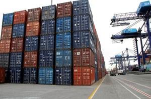 Bolsonaro sanciona prorrogação de isenção tributária para exportação
