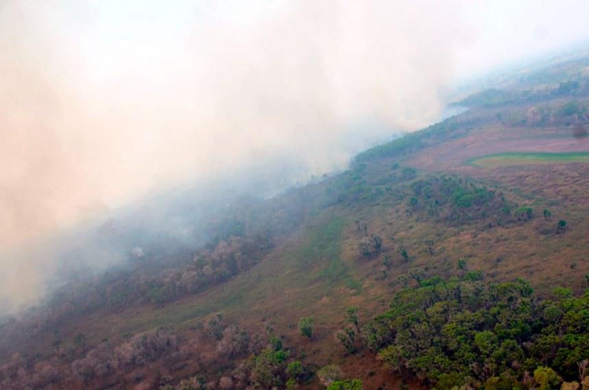 Senadores visitam Corumbá e discutem medidas para contenção de incêndios  https://www12.senado.leg.br/noticias/materias/2020/10/05/senadores-visitam-corumba-e-discutem-medidas-para-contencao-de-incendios  Foto: Divulgação/Governo Mato Grosso do Sul.