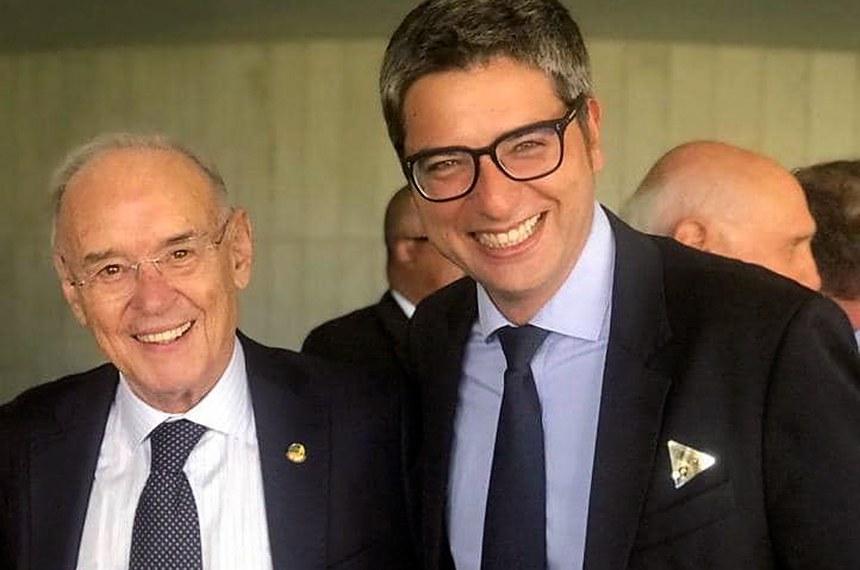 O senador Arolde de Oliveira e seu suplente Carlos Portinho