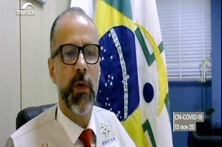 Antônio Barra Torres prometeu enviar à comissão a documentação sigilosa que comprovaria a necessidade de suspensão dos testes