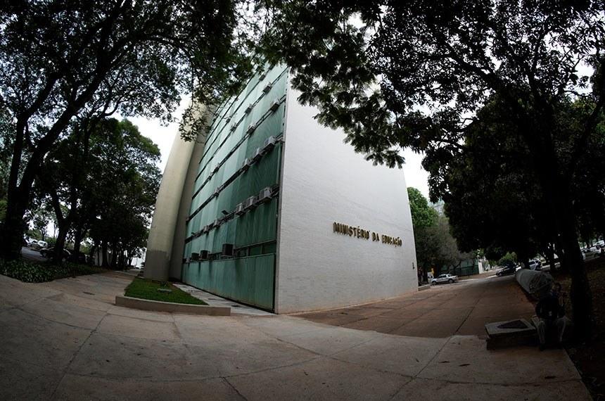 Fachada do bloco L, na Esplanada dos Ministérios, o qual faz parte o Ministério da Educação (MEC).  Foto: Roque de Sá/Agência Senado