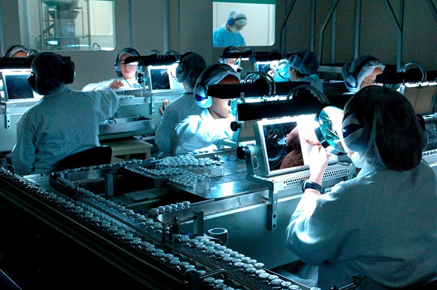 Produção da vacina Coronavac, que combate o SarsCov2, causador da Covid-19, do laboratório Sinovac em parceria com o Instituto Butantan