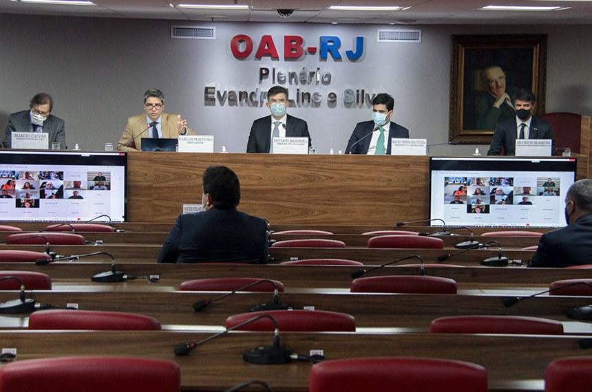 OABRJ sedia consulta pública do Senado sobre marco legal das startups. O relator da proposta, o senador Carlos Portinho coordenou o debate. O evento aconteceu de forma híbrida.