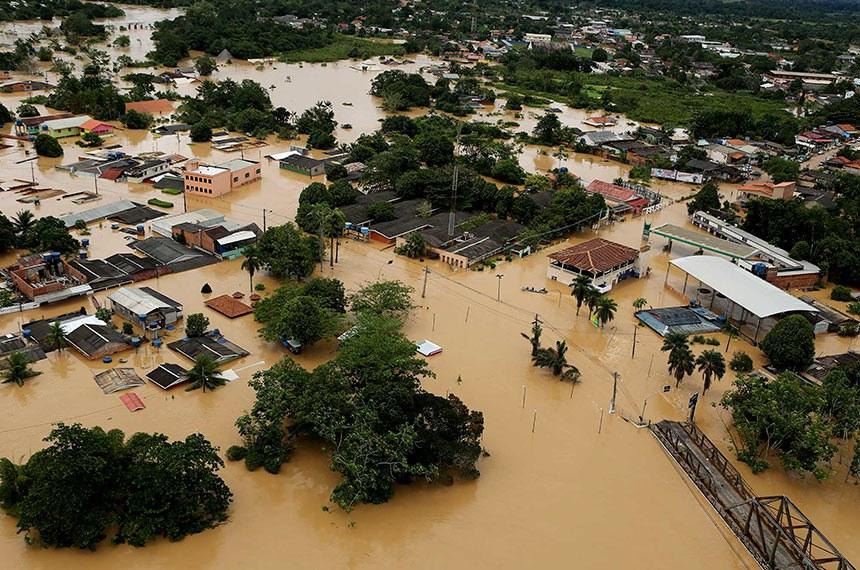Enchente histórica atinge mais de 800 famílias na região de fronteira (Sérgio Vale/Agência de Notícias do Acre)