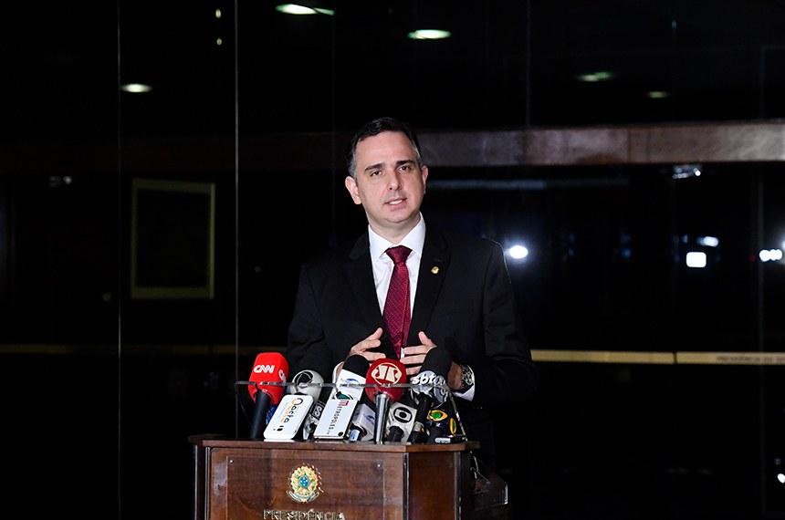 Presidente do Senado Federal, senador Rodrigo Pacheco (DEM-MG), concede entrevista.   Foto: Marcos Brandão/Senado Federal