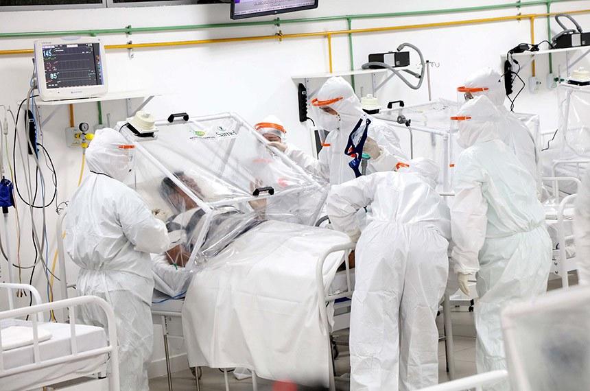 Manaus – Hospital de Campanha Municipal recebe primeiros pacientes vítimas da Covid-19 14 de abril de 2020, às 10h16
